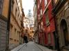 narrowalley